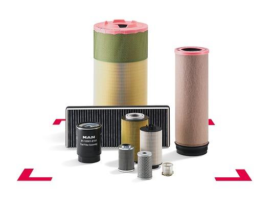 Оригинальны комплект для обслуживания фильтров MAN сосменной частью топливного фильтра, сменной частью фильтра моторного масла, сменным патроном воздушного фильтра ивоздушным фильтром для кабины
